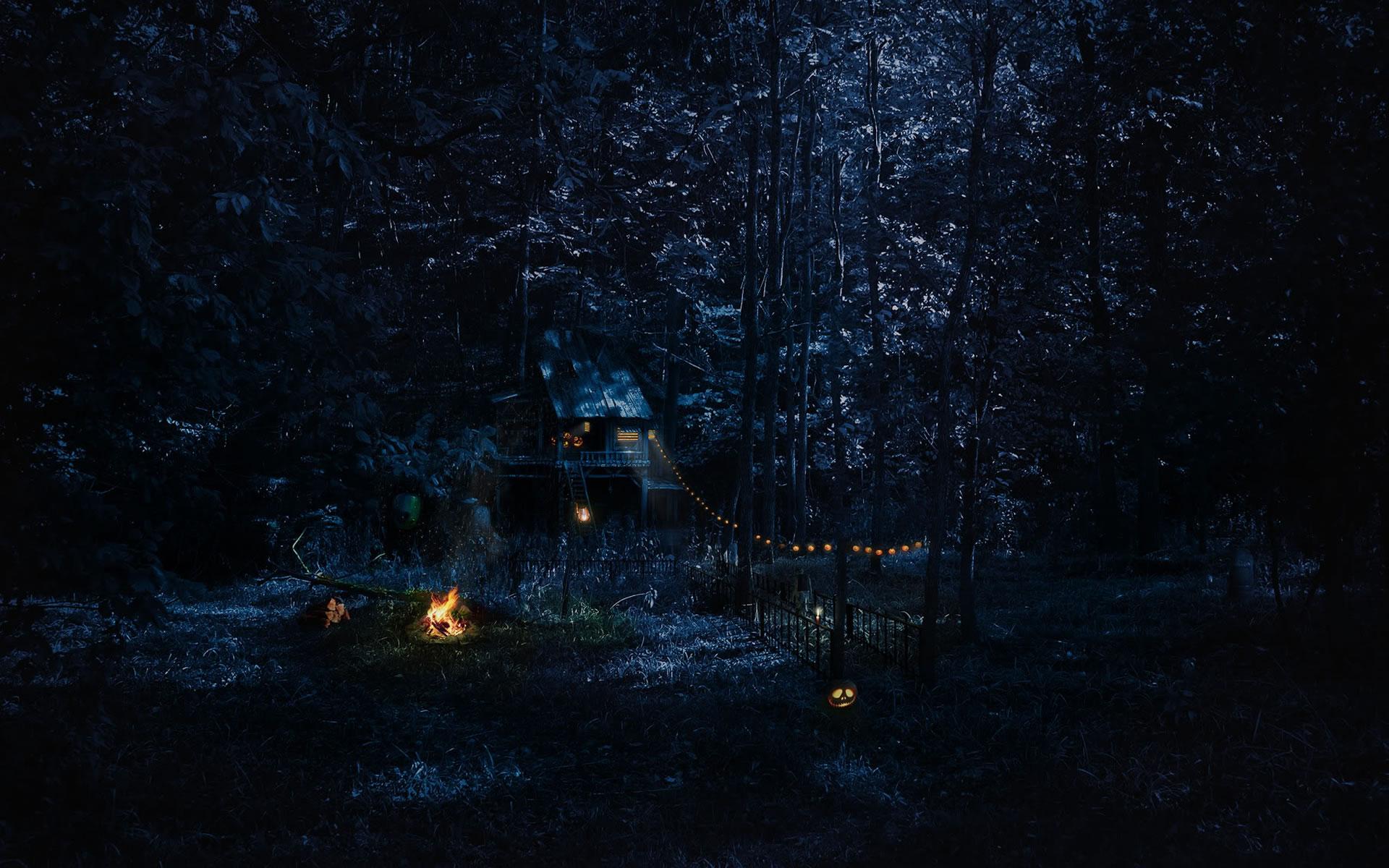 Cabaña en el Bosque Halloween