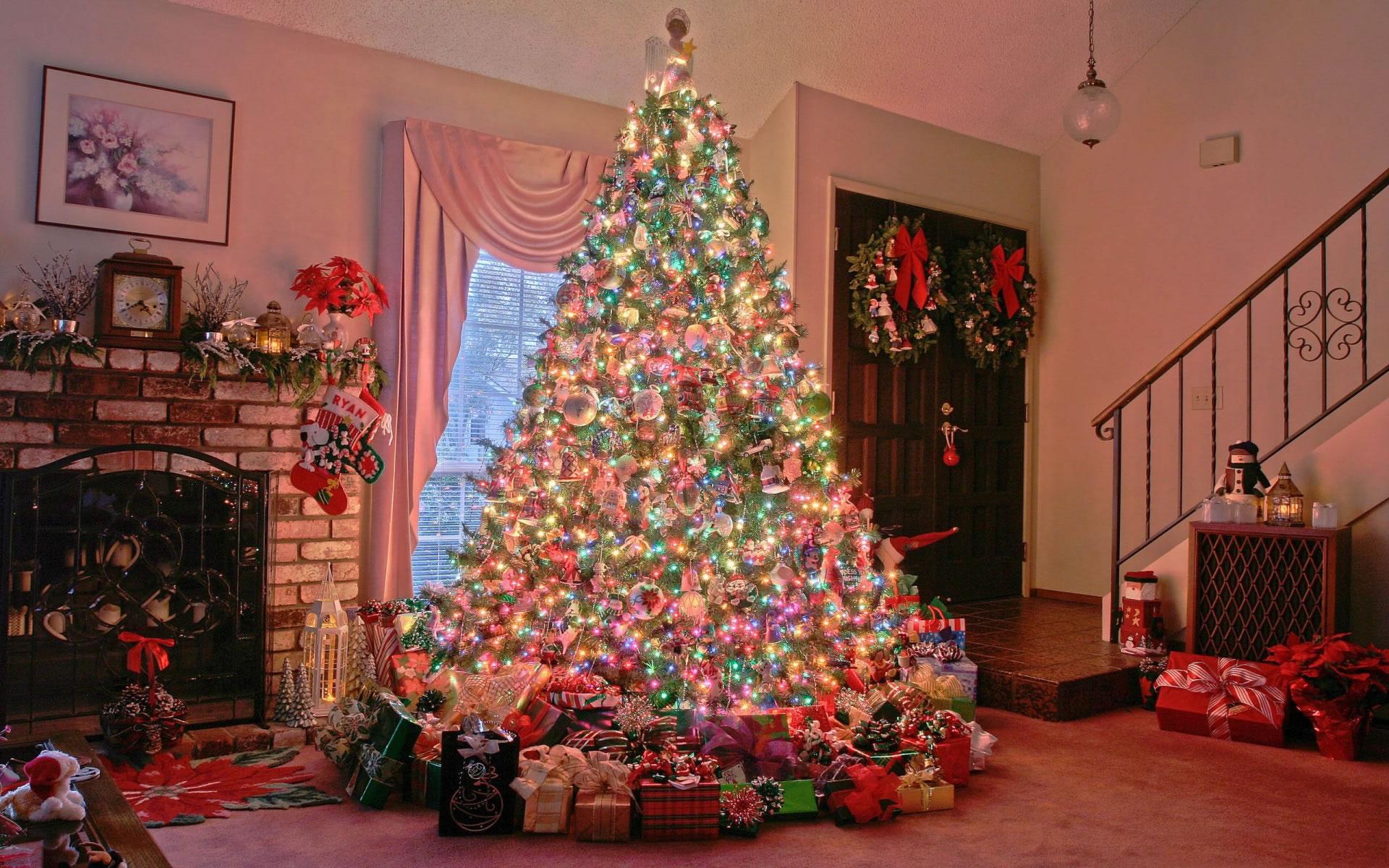 Árbol de Navidad Super Decorado