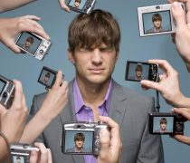 Ashton Kutcher vs Paparazzis