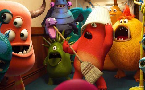 Fiesta en los pasillos de Monsters University.