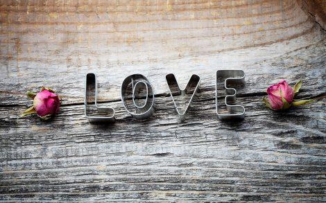 Love, love, love Wallpaper