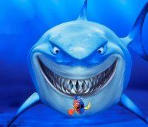 Nemo con el Tiburón acechando