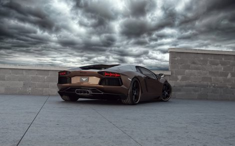 Lamborghini Aventador Color Chocolate. Trasera